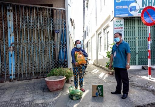 Công đoàn phường Hòa Khánh Nam: Trao 60 suất quà cho đoàn viên, người lao động