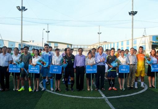 Công ty CP Thép Dana Ý: khai mạc Giải bóng đá Mini tranh cúp Dana Ý lần thứ IV