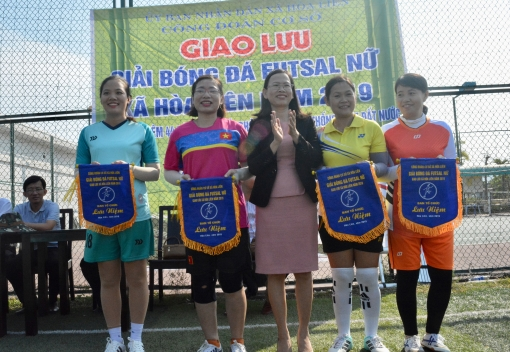 Hòa Vang: giao lưu giải bóng đá futsal nữ xã Hòa Liên năm 2019