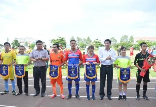 Ngũ Hành Sơn: Giải bóng đá nam – nữ CNVCLĐ