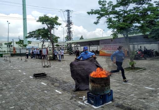 Tập huấn kỹ năng và thực hành phòng cháy chữa cháy, sơ cấp cứu tai nạn lao động
