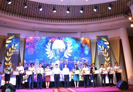 LĐLĐ thành phố tổ chức Lễ tôn vinh Doanh nghiệp chăm lo tốt đời sống người lao động lần thứ II, năm 2016