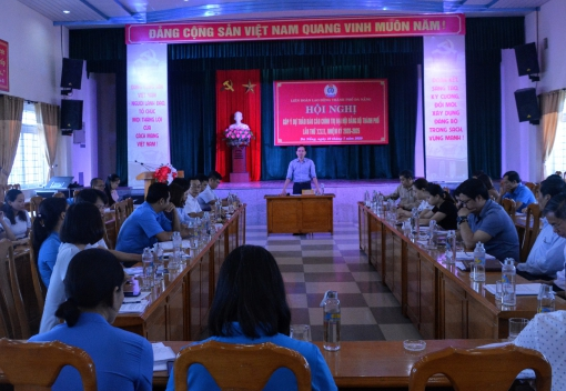 Hội nghị góp ý dự thảo Báo cáo chính trị Đại hội Đảng bộ thành phố lần thứ XXII