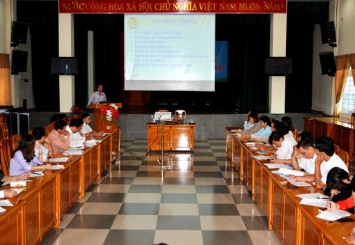 Liên đoàn Lao động thành phố  Đà Nẵng tập huấn kiểm tra dấu hiệu vi phạm Điều lệ, Chỉ  thị, Nghị quyết