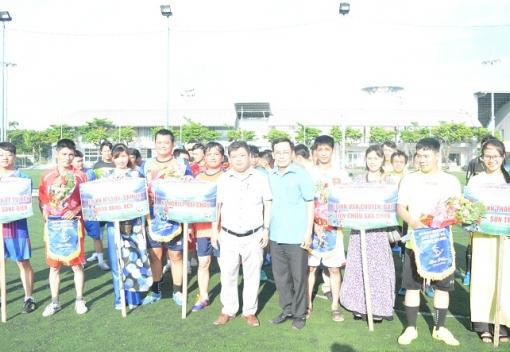 Giải bóng đá mini truyền thống Công ty CP Môi trường Đô thị Đà Nẵng.