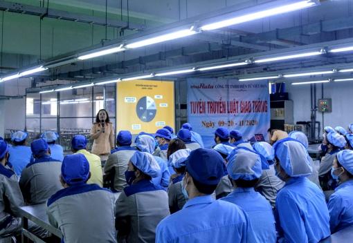 Đẩy mạnh tuyên truyền pháp luật trong công nhân lao động