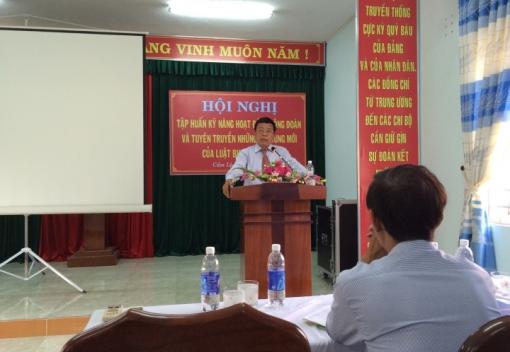 LĐLĐ quận Cẩm Lệ tổ chức tập huấn kỹ năng hoạt động Công đoàn