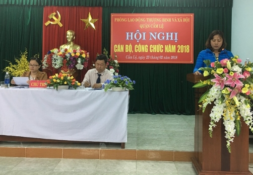 Phòng Lao động, Thương binh & Xã hội quận Cẩm Lệ tổ chức Hội nghị cán bộ, công chức.