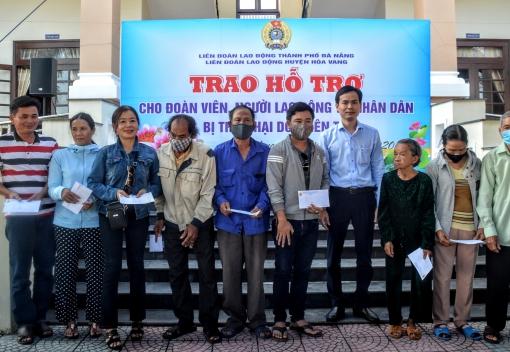 Hỗ trợ nhân dân huyện Hòa Vang khắc phục khó khăn, ổn định cuộc sống sau lũ lụt