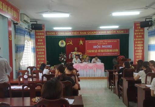 Cẩm Lệ tổ chức tư vấn pháp luật cho CNLĐ