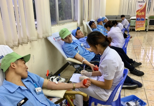 """Gần 300 đơn vị máu được hiến tại """"Daiwa - Ngày hội hiến máu"""""""