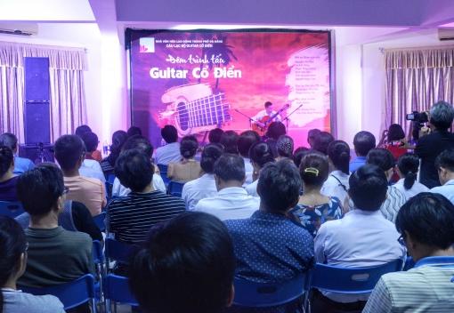 Nhà Văn hóa Lao động thành phố: Hòa nhạc guitar phục vụ người lao động