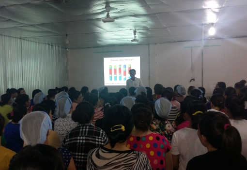 Công ty CP Túi xách Đà Nẵng tổ chức tuyên truyền pháp luật cho người lao động