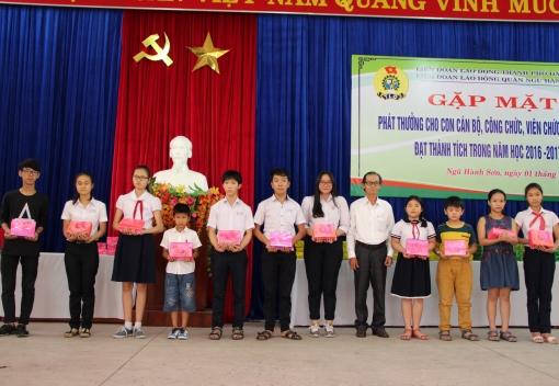 Ngũ Hành Sơn: Lễ tuyên dương học sinh giỏi năm học 2016-2017