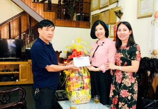 Thăm, chúc Tết Mẹ Việt Nam Anh hùng nhân dịp Tết Canh Tý 2020